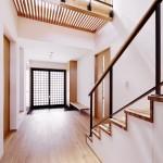 松戸の家(階段より玄関を見る)